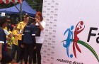 Aunty Tsung giving out the medals to the winners…