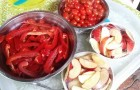 Some of our ingredients … ..red red capsicums, red apples and cherry tomatoes.