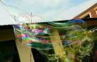 What gigantic bubbles!